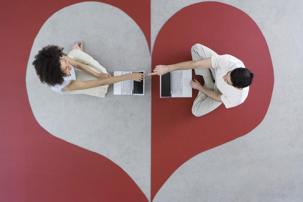 Αφήστε κάποιον να βγει σε απευθείας σύνδεση dating